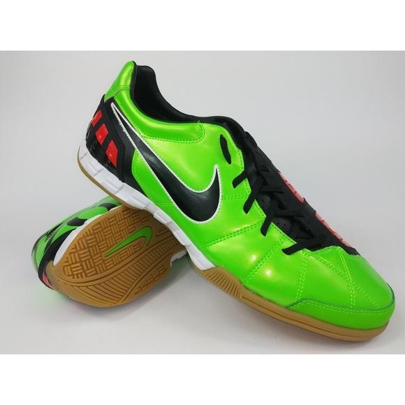 f0e90571adaa Nike Mens Rare Total90 Shoot lll IC Indoor Shoes